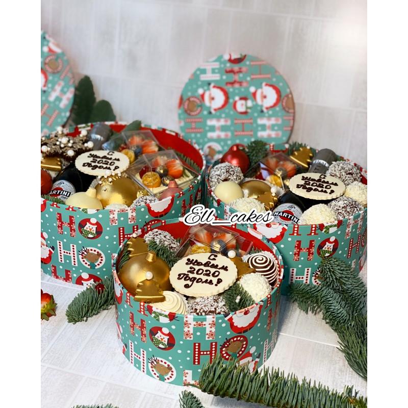 Новогодняя сладкая коробка